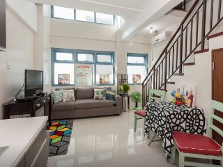 Comfortable & Spacious Loft in Greenbelt Makati