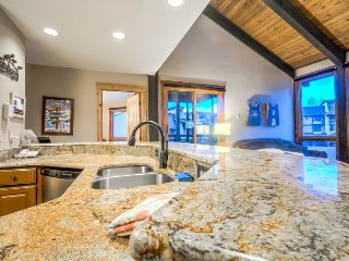 Top Floor Fully Remodeled, Closest To Gondola, Steamboat Springs