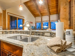 Top Floor Completely Remodeled Beauty Just Steps From Gondola