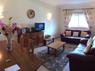Luxury Two Bedroom Apartment - Private Condo
