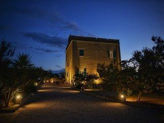 Splendidi appartamenti fronte mare in antica villa, Torre Lapillo