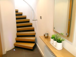 Central Brighton Majestic Mews - Sleeps up to 8 guests