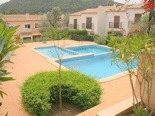 Schone Ferienwohnung mit Terrasse und Pool .2