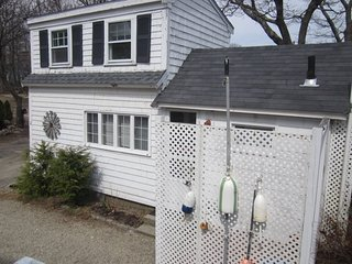 Rockport cottage walking distance in town beaches Bearskin Neck Shalin Liu train