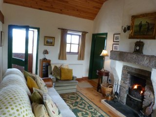 Traditional Irish Cottage, Mullaghduff, Annagry