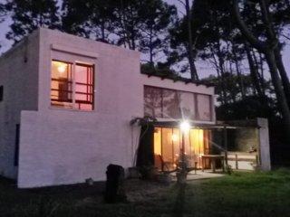 Comoda Casa a 3 cuadras de playa Tio Tom y Chihuahua