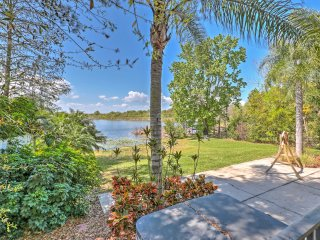 NEW! 5BR Lakefront Gotha Home w/ Private Jacuzzi!