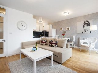 Sherborne Cromwell Court V apartment in Kensington & Chelsea with WiFi, balcony