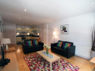 Saffron Hill 1B apartment in Islington with WiFi, balcony & lift.