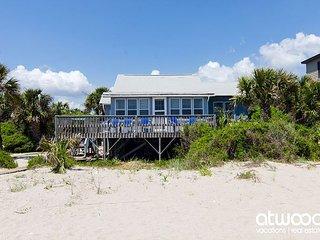 Glass House - Unique Beach Front Cottage
