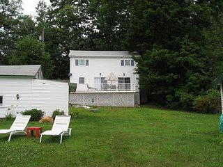 Three Bedroom Cottage Vacation Rental (MAN147B), Sanbornton