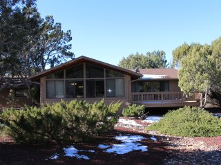 Great Views at Sedona Grace Living Vacation Home