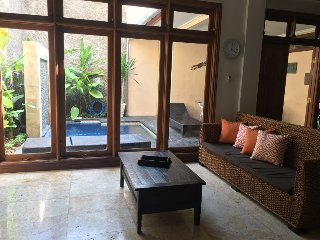 KUTA-Villa JEPUN inc breakfast 5 BED 3 BATH, Kuta