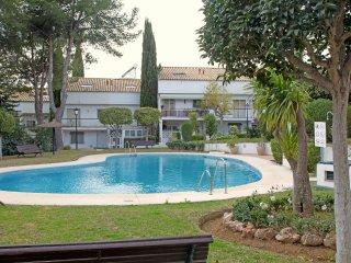 Casa excelente ubicada con piscina compartida!