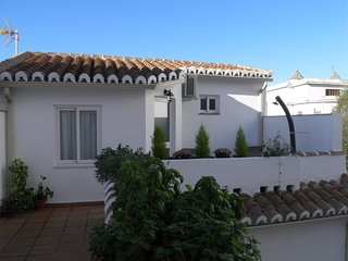 Quiet rooftop apartment historic center Malaga