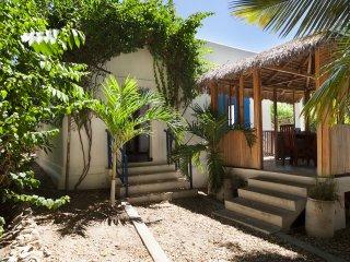 Charmante petite villa pour 2 a 4 personnes proche du centre de Majunga