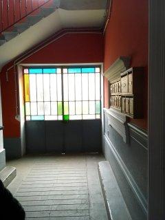 Le hall de l'immeuble
