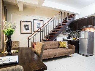 Expat wife's loft Greenbelt Makati (L9)