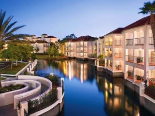 ORLANDO/DISNEY ~ 1BR LUXURY CONDO ~ Star Island Resort & Club on Lake Ceclie