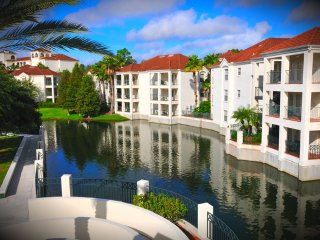 ORLANDO/OLD TOWN **COZY MINI SUITE** Star Island Resort & Club on Lake Cecile