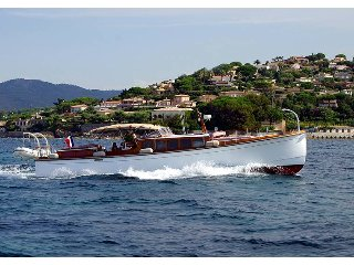 Day Charter with Skipper & Petrol Cannes Exceptional Motor Yacht 15 metres