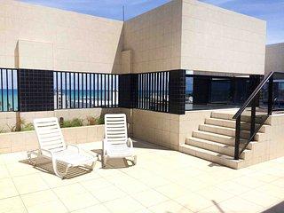 Apartamento completo, novo, a 250 metros do mar. Ótima localização!