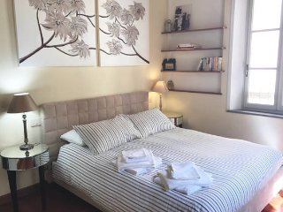 Holiday home in the historic centre of Lucca in Tuscany, wifi,lift, air-con