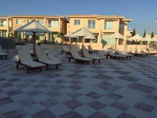 Luxury 3 bedrooms villa near tourism, Tsada