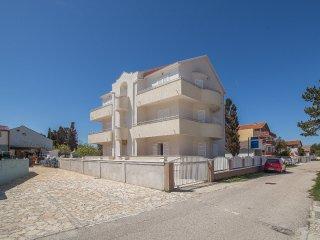 TH01275 Apartments Klaric / Studio A5