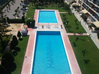 STUDIO HANNIBAL 1 LUXURY BENIDORM 200MT BEACH 2 POOLS NICE VIEWS