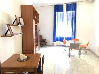 Nel cuore di Napoli 8 posti in ampio e luminoso appartamento