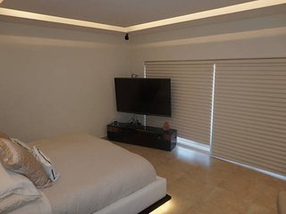 Amazing house w/3 rooms in the hotel zone, Cancún