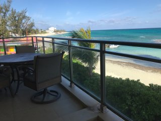 Luxurious Condo on Love Beach, Nassau
