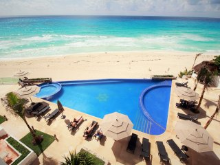 CLUB ZONE CONDO WITH INCREDIBLE VIEW AND BEACH, Cancún