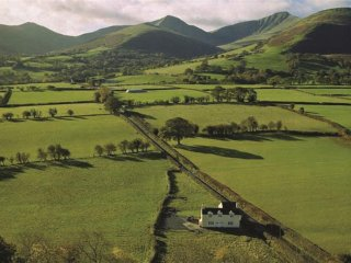 Trosnant Cottage (TROSN)