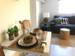 Eco Friendly House, Alges