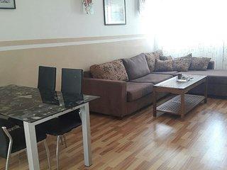 Appartement ((étage entier) de 120m²