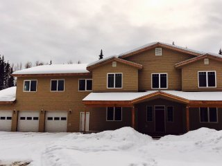 New! Heartland Ranch! Walk to River!, Fairbanks