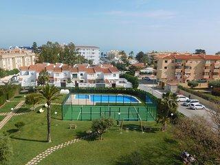 Espectacular ático con terraza vistas al mar, Els Poblets