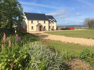 4* Self contained farmhouse Annex  Rhossili
