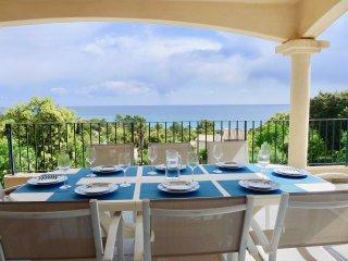 Belle Villa - vue magnifique sur la mer - 5 minutes a pied de la plage