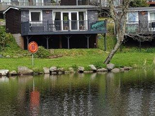 Lakeside Chalet to rent  on glan gwna holiday park Gwynedd caeathro  Caernarfon