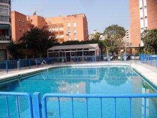 Capela: Barato , con piscina, cerca del centro y la playa.Bonita vista