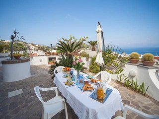 Ischia- Lacco Ameno HOME PANORAMIC SEA VIEW