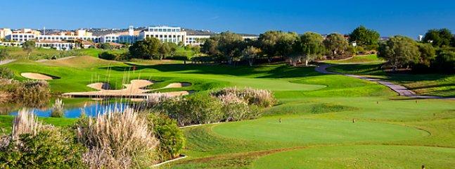 El Algarve tiene muchos excelentes campos de golf.