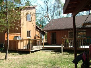 Lakewood Retreat, off Castle Rock Lake, near WI Dells, Necedah