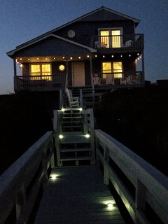 Soft lights for the evenings on the deck.