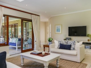 Beautiful and relaxing Constantia home