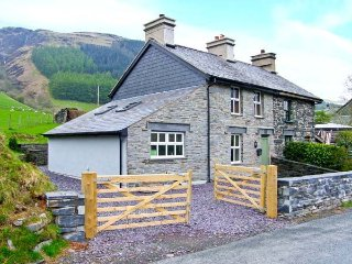 3 bed, pet friendly family cottage near Betws Y Coed, Snowdonia, Betws-y-Coed