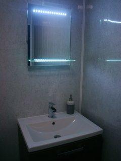 Sensor LED mirror
